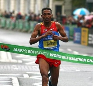 Two weeks to go to Copenhagen.Eritrean athlet Zersenay Tadesse will make history by winning the half-marathon for 6th times