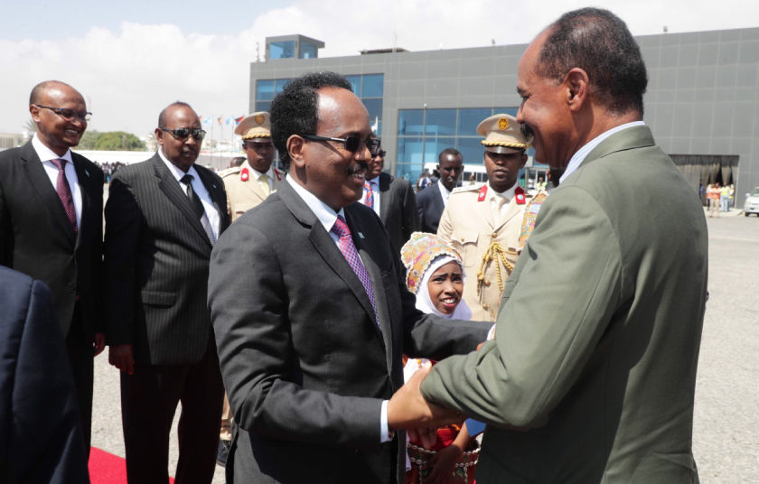 President Isaias Afwerki accorded warm welcome by President Mohamed Abdullahi Mohamed