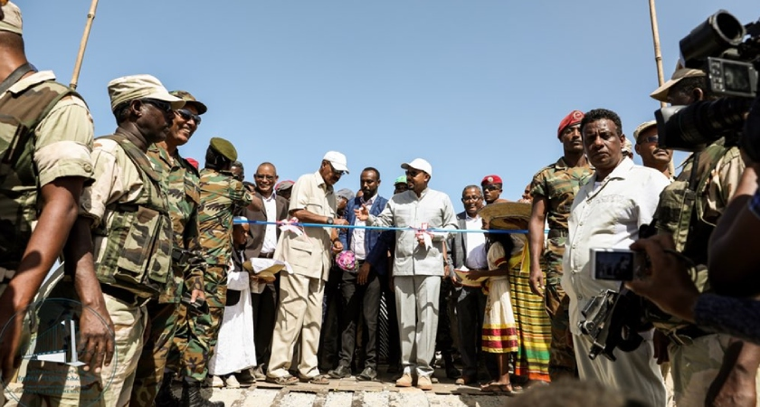 Ethiopia and Eritrea would soon open four commercial checkpoints
