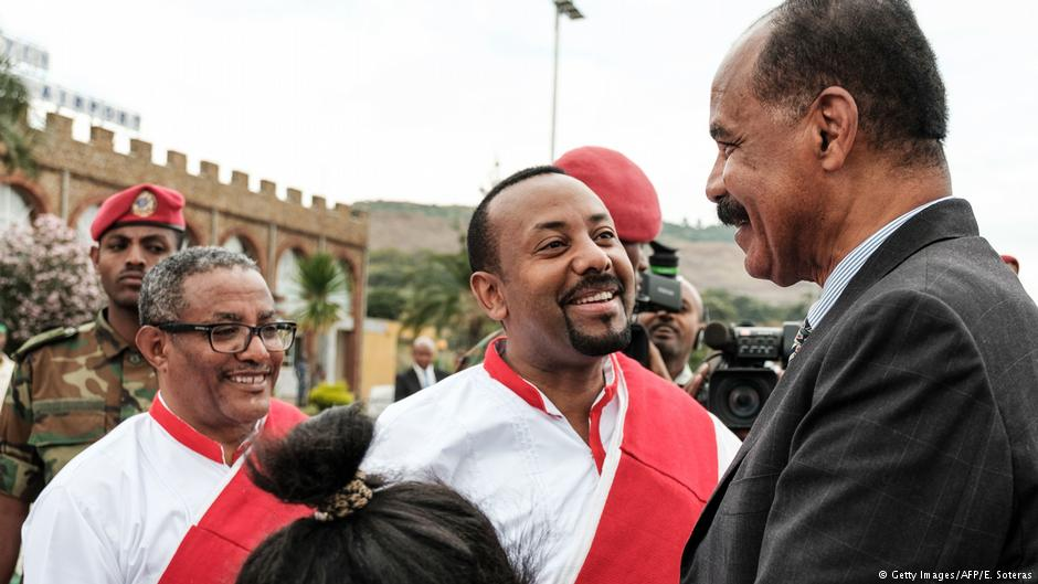 Ethiopia's Prime Minister Abiy Ahmed (center) and Eritrea's President Afwerki (right)