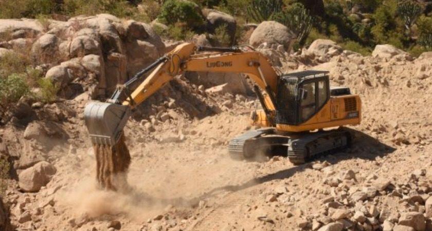 Construction of 134 km Habela-Cheatat Strategic Road Progressing Well